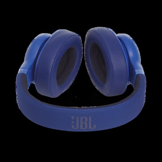 JBL E55BT - Blue - Wireless over-ear headphones - Detailshot 3