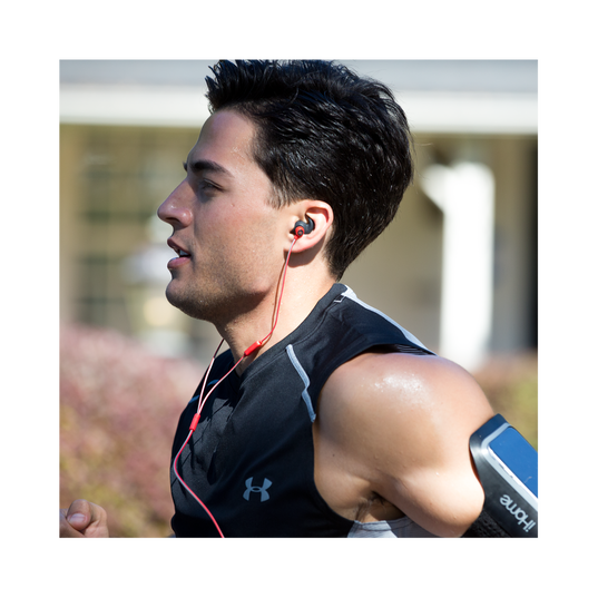 Reflect Mini - Green - Lightweight, in-ear sport headphones - Detailshot 16